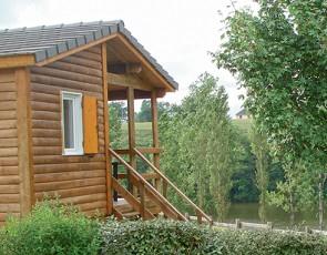 Camping Le Lac de Bonnefon***