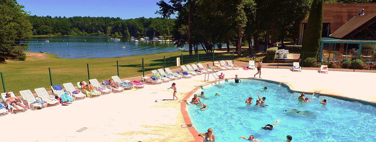 Domaine La Plage du Garoustel piscine Auvergne Saint Gérons