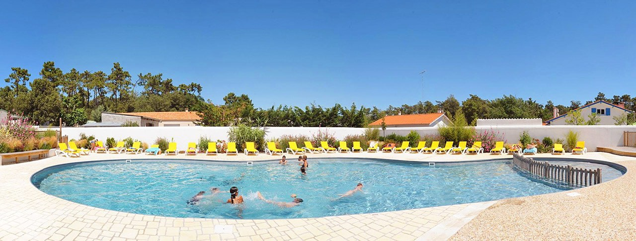 Camping Saint tro park oleron piscine chauffee