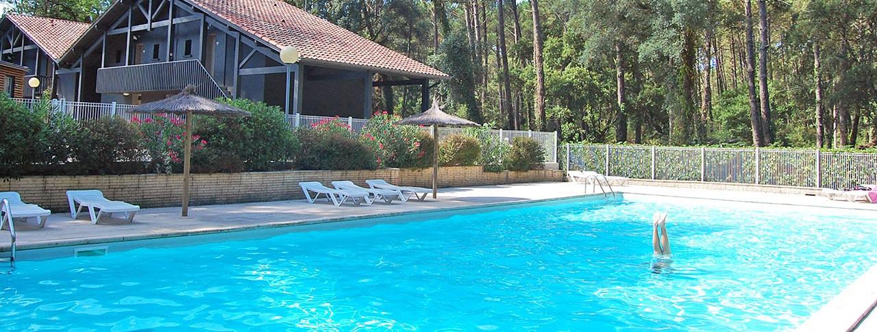 Camping Les Deux Etangs piscine