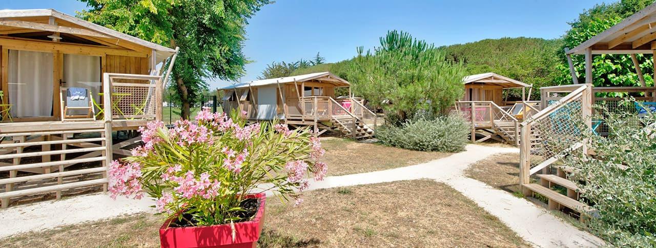 Camping Le Bel Air cabanes lodges Ile de Ré