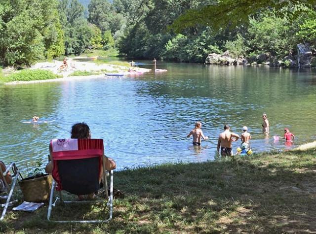 camping Le Saint Michelet Gard rivière Cèze-3