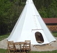 camping-en-tente-et-tipi.jpg