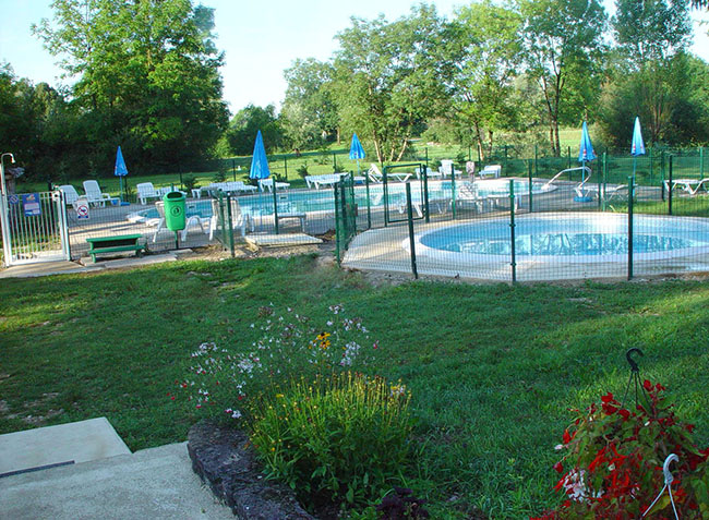 camping Les 3 Ours piscine-1