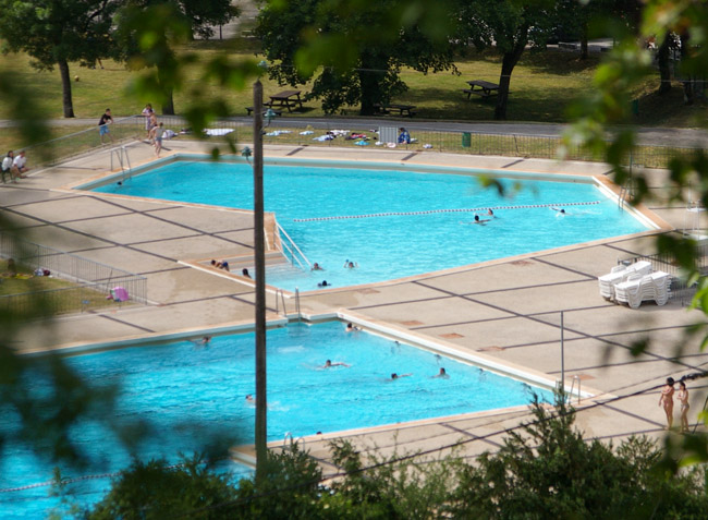 camping Le Martinet piscine-1