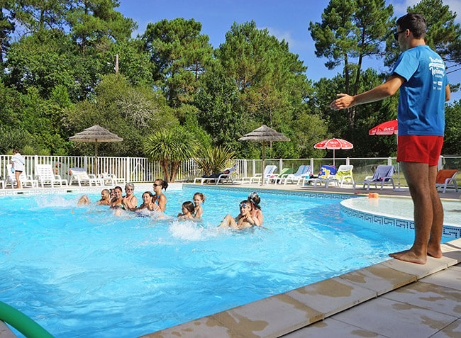 Camping le m doc bleu carcans gironde aquitaine in for Camping gironde piscine