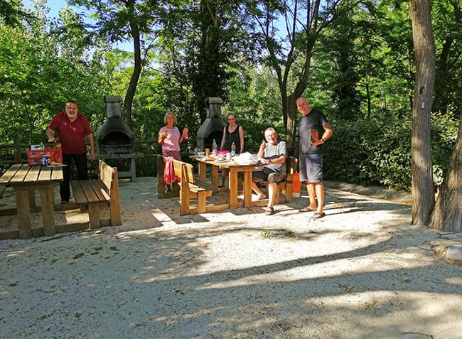 camping Le Saint Michelet barbecue-21