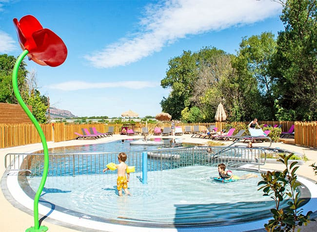 camping le moulin des iscles piscine-2