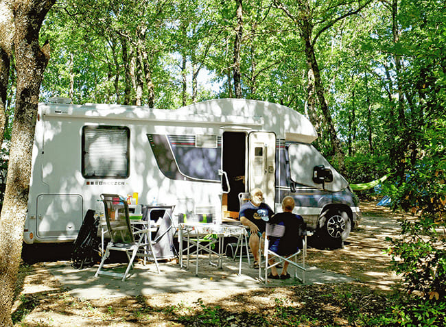 camping-truffieres-camping-car.jpg-6