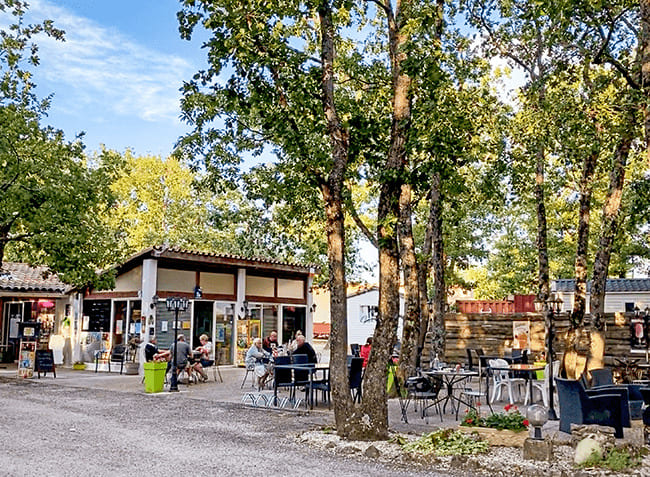 camping-truffieres-restaurant.jpg-9